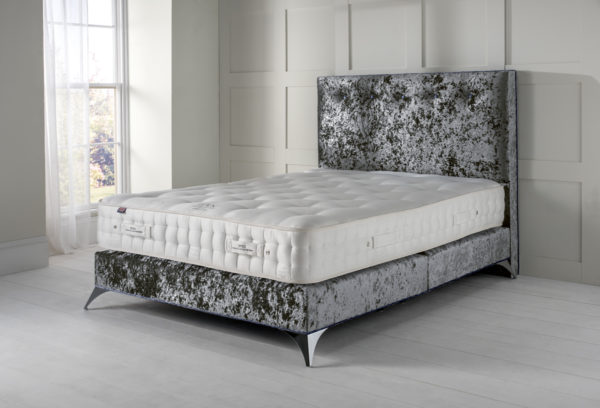 Bedstead bed set from EPOC Handcrafted Beds